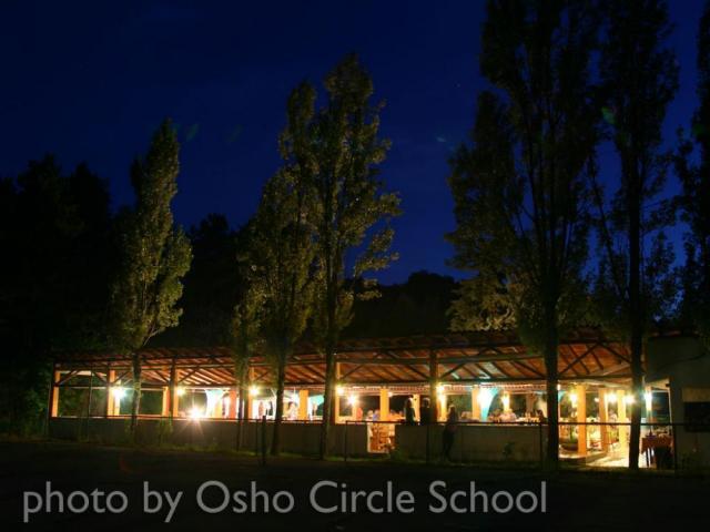 Osho-circle-school agora night