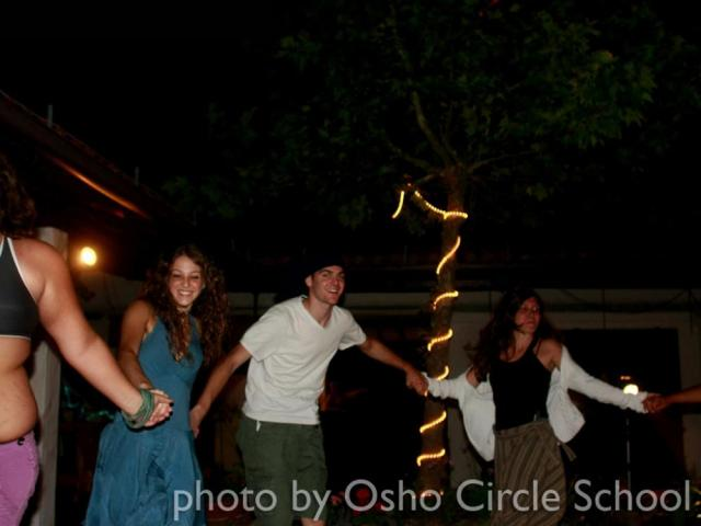 Osho-circle-school disco open-air
