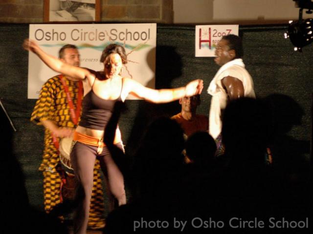 Osho-circle-school ethnic concert