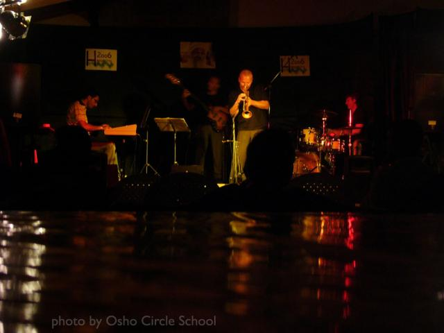 Osho-circle-school jazz concert