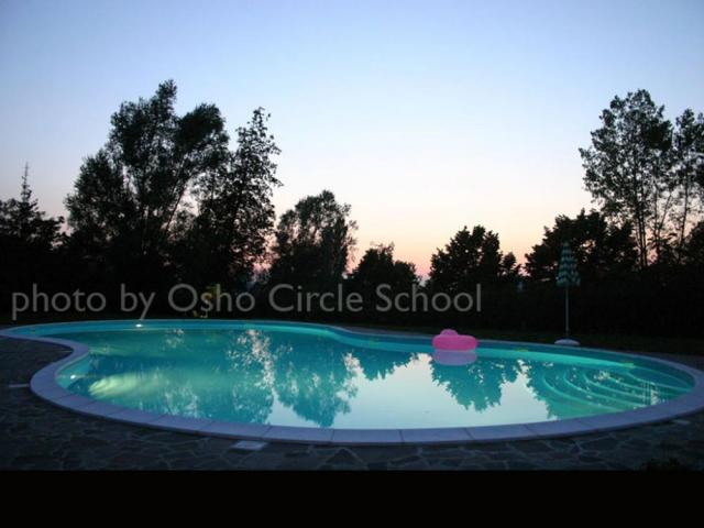 Osho-circle-school lands 21