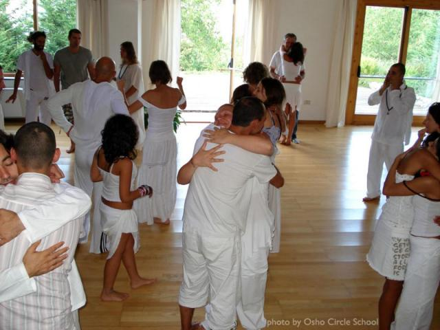 Osho-circle-school meditation 03